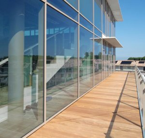 Almere Voice Work—24.52MM Clear Tempered Laminated Glass